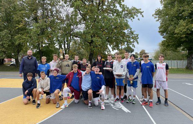 Aizvadīts 3×3 basketbola turnīrs Ventspils vidusskolu grupā zēniem 2021